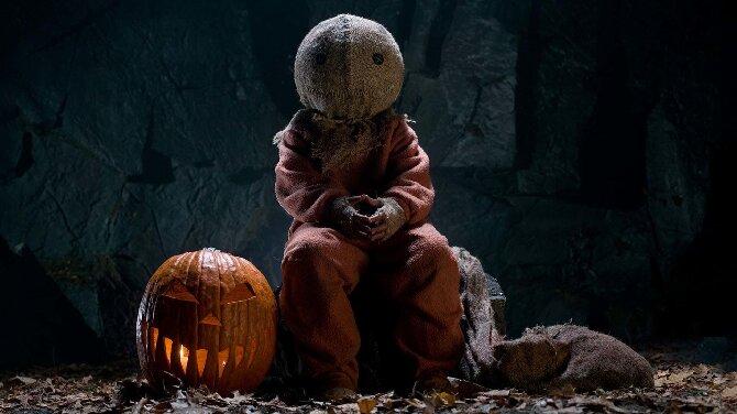«Смотри или пожалеешь!»: топ-10 фильмов, которые поднимут настроение на Хэллоуин (или заставят содрогнуться от ужаса) 5