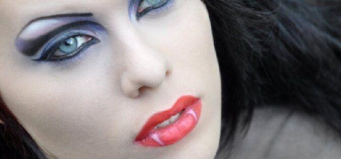 До последней капли крови: самый крутой макияж вампира на Хэллоуин, который можно легко сделать дома – секреты, идеи, фото 11