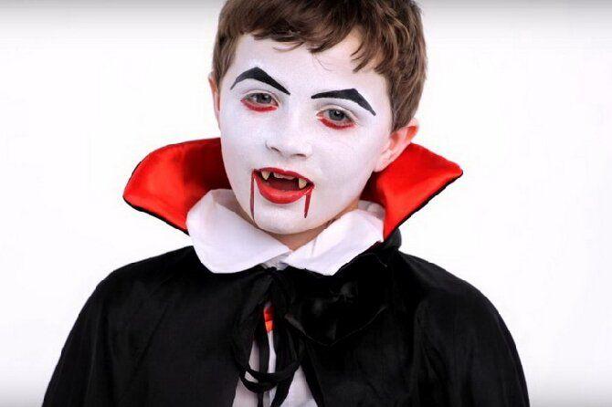 До последней капли крови: самый крутой макияж вампира на Хэллоуин, который можно легко сделать дома – секреты, идеи, фото 31