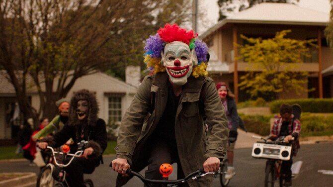 «Смотри или пожалеешь!»: топ-10 фильмов, которые поднимут настроение на Хэллоуин (или заставят содрогнуться от ужаса) 6