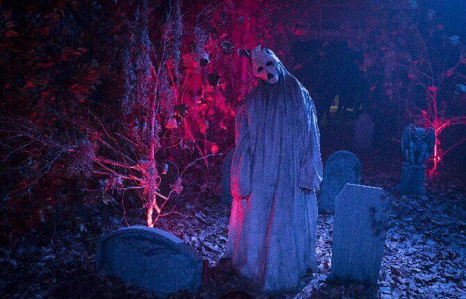 «Смотри или пожалеешь!»: топ-10 фильмов, которые поднимут настроение на Хэллоуин (или заставят содрогнуться от ужаса) 3