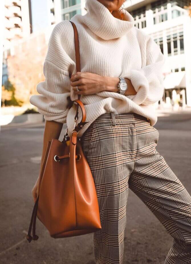 Бежеві штани для жінок – з чим поєднувати 12