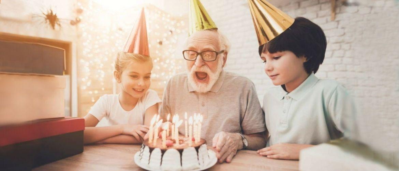 Поздравления с Днем рождения дедушке в стихах, прозе и открытках