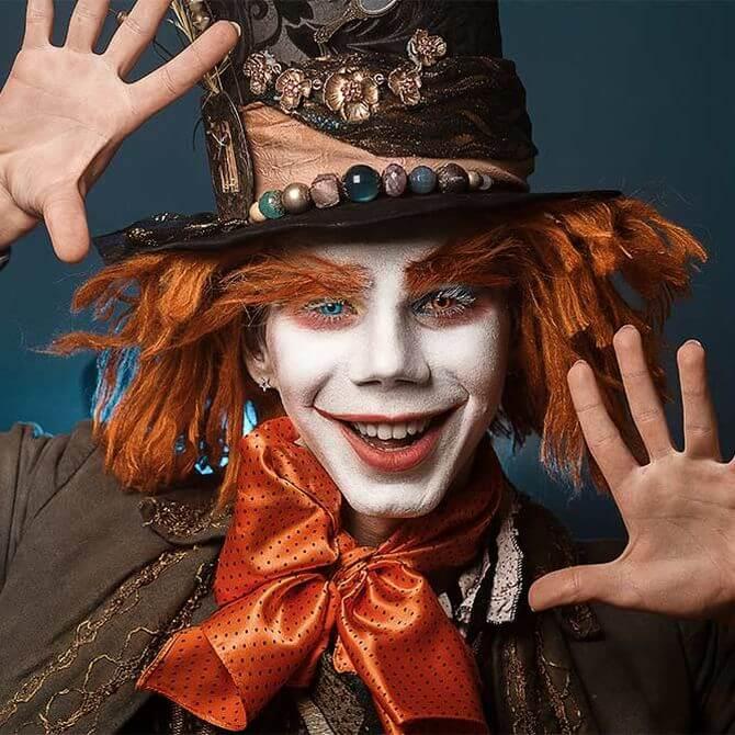 Напугать, удивить, очаровать: грим на Хэллоуин-2020 30