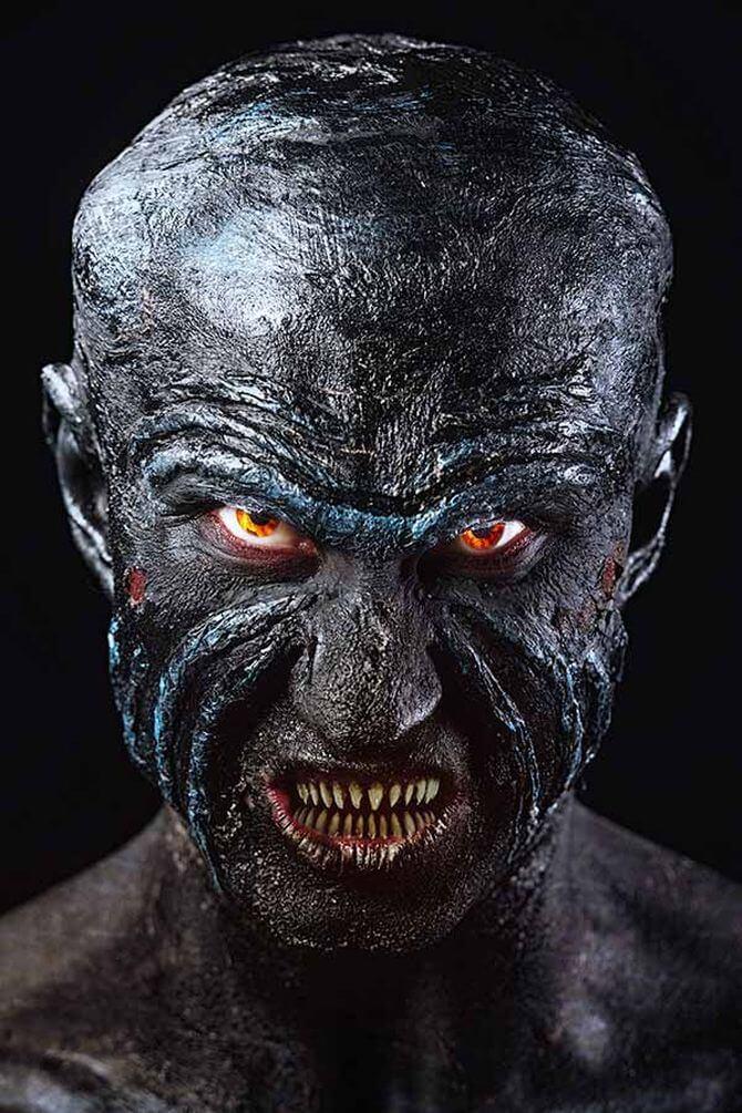 Напугать, удивить, очаровать: грим на Хэллоуин-2020 34