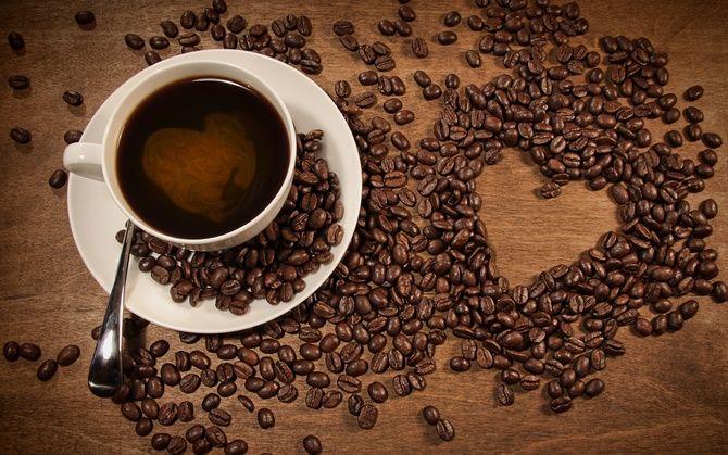 Не викидайте джерело молодості й краси: домашні маски з кавової гущі 5