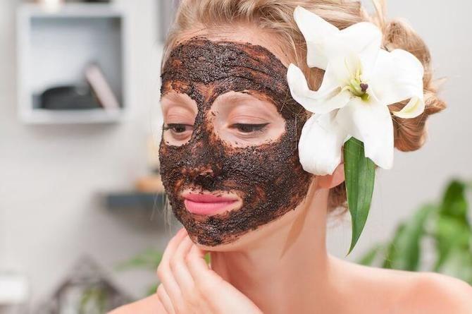 Не викидайте джерело молодості й краси: домашні маски з кавової гущі 8