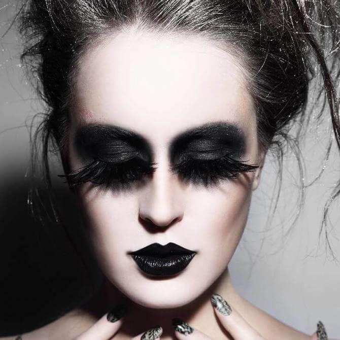61 жуткая, но красива идея макияжа на Хэллоуин 2020 13