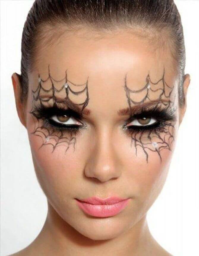 61 жуткая, но красива идея макияжа на Хэллоуин 2020 47
