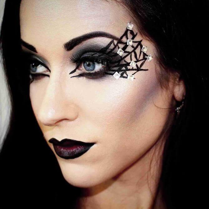 61 жуткая, но красива идея макияжа на Хэллоуин 2020 4