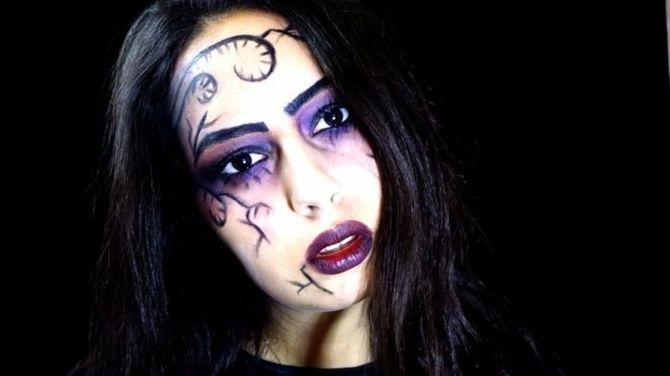 61 жуткая, но красива идея макияжа на Хэллоуин 2020 51