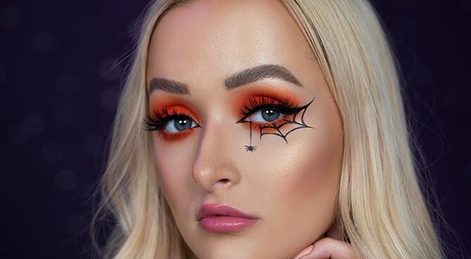61 жуткая, но красива идея макияжа на Хэллоуин 2020 7