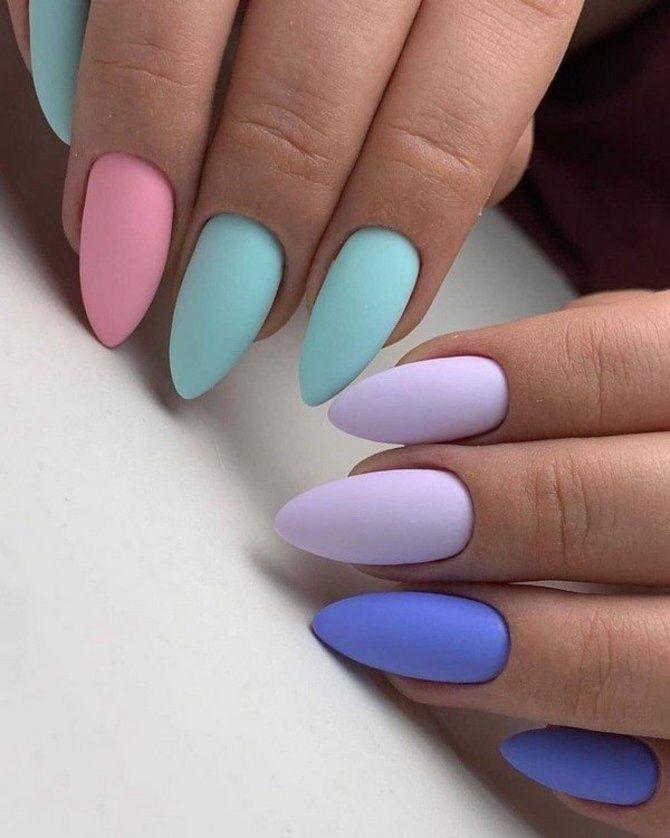 Разные руки – горячий nail-тренд 2020 2021 27