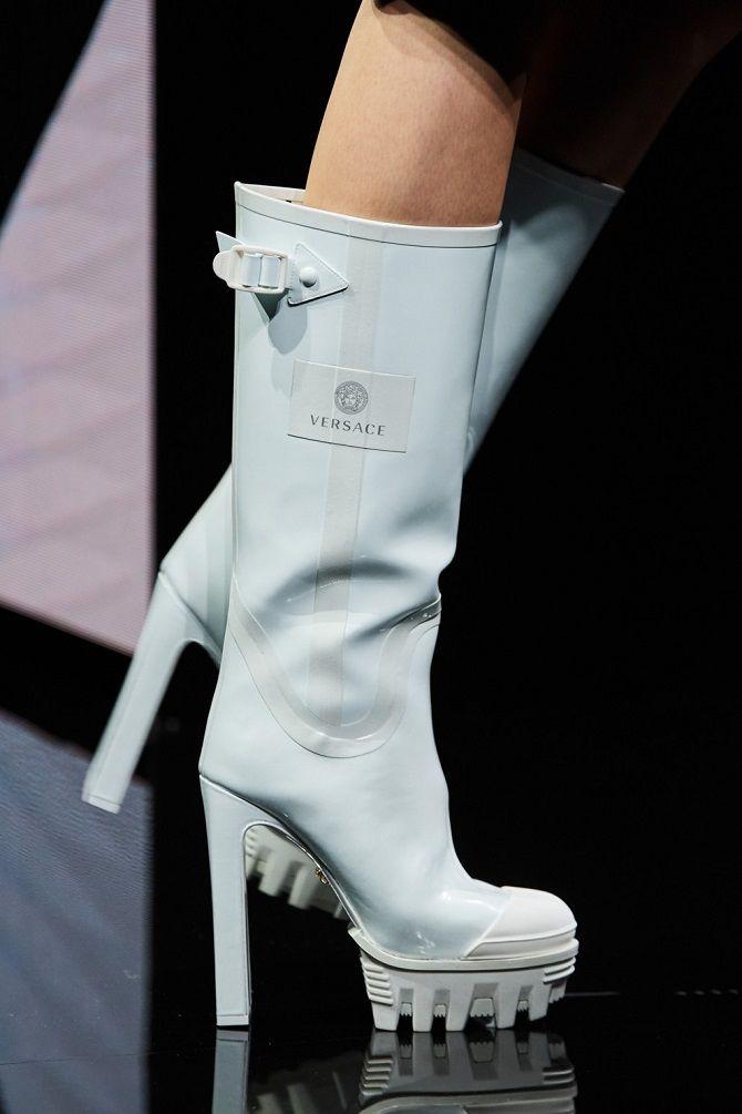 Модні гумові чоботи 2021, які впораються з будь-якою зливою 9