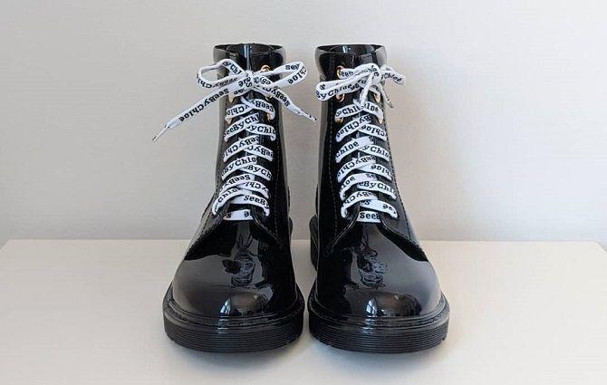 Модні гумові чоботи 2021, які впораються з будь-якою зливою 21