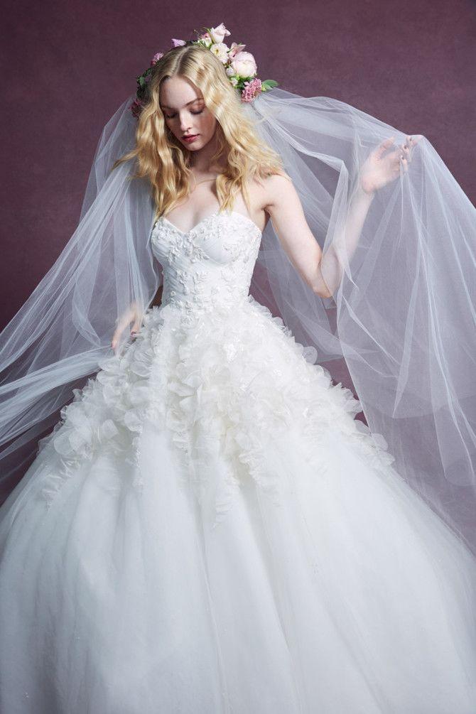 Как принцесса: пышные свадебные платья 2020-2021 18