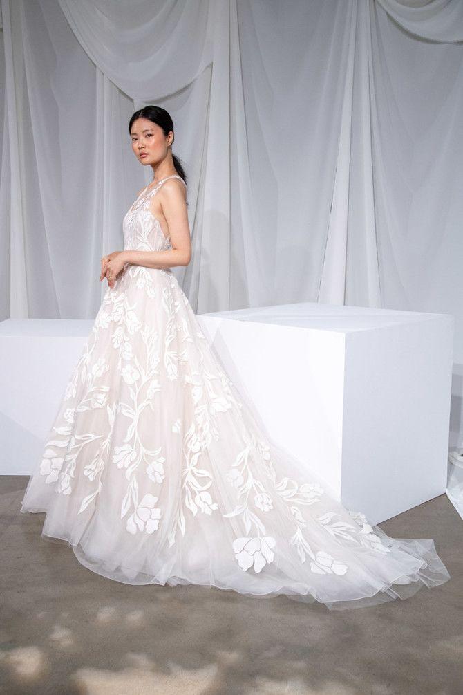 Как принцесса: пышные свадебные платья 2020-2021 23