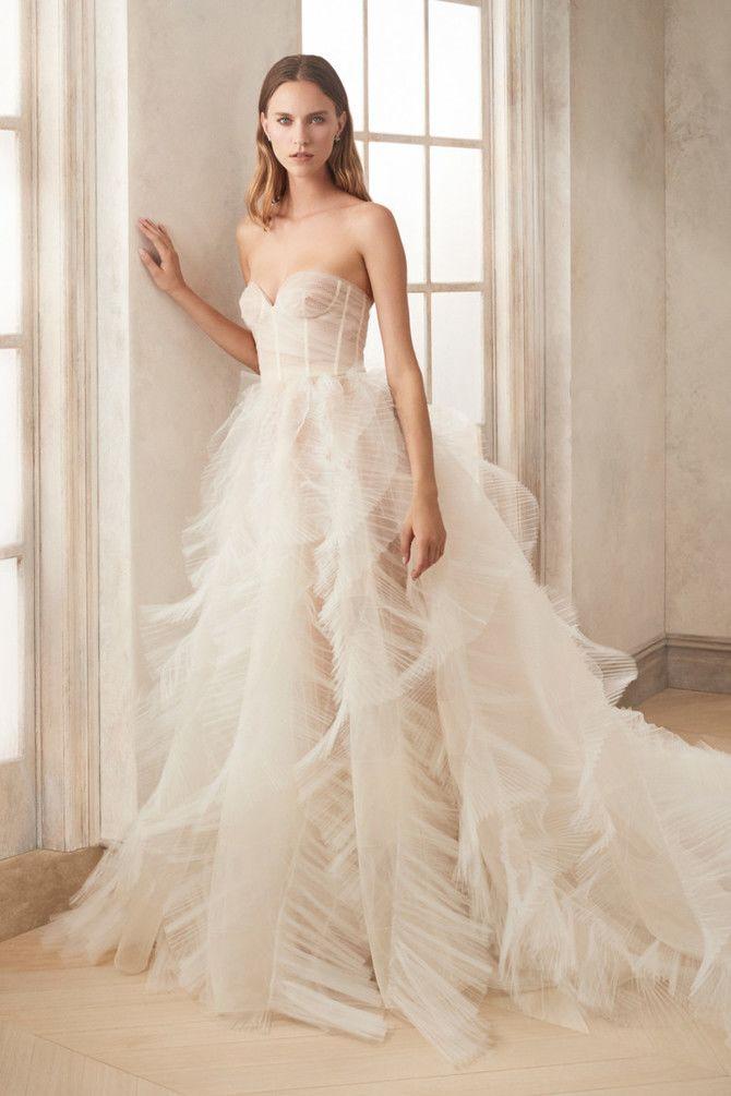 Как принцесса: пышные свадебные платья 2020-2021 34