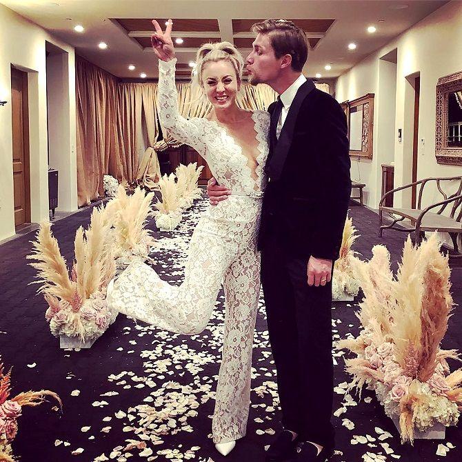Свадебные комбинезоны — лучшие идеи для смелых невест 1
