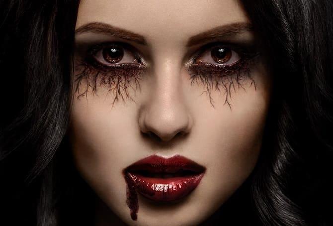 До последней капли крови: самый крутой макияж вампира на Хэллоуин, который можно легко сделать дома – секреты, идеи, фото 1