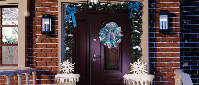 Лучшие идеи, как красиво и оригинально украсить двери на Новый год 2021