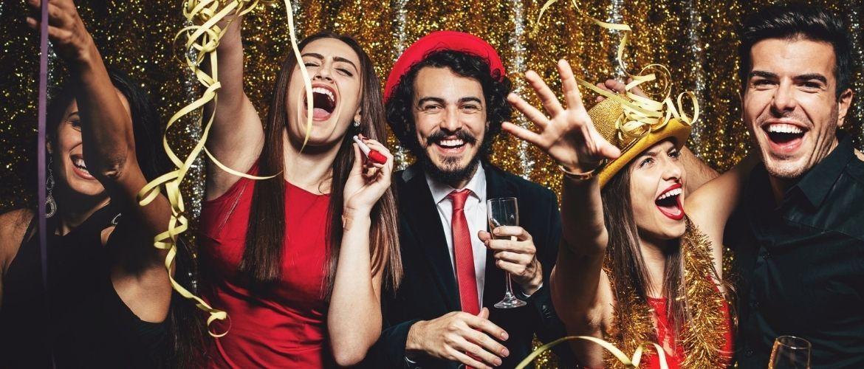 Конкурсы на Новый год: что придумать, во что поиграть?