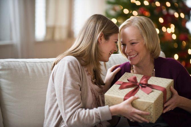 Подарунок мамі на Новий рік 2021 своїми руками: найкраща добірка ідей 1