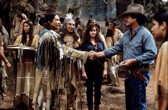 По следам Зверобоя: Топ-8 лучших фильмов про индейцев Северной Америки 7