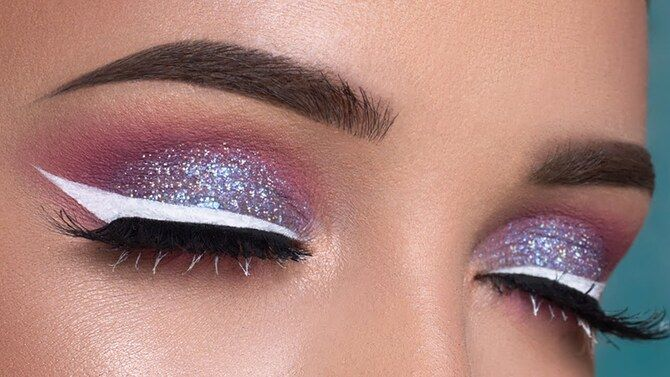 Горячий тренд 2020: хитрости макияжа с белым карандашом 12