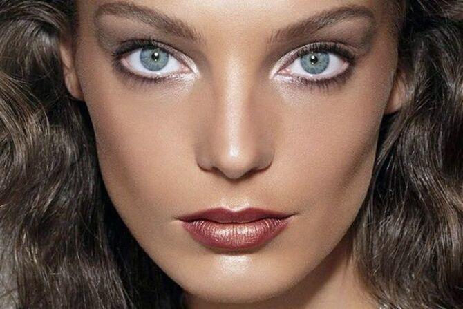Горячий тренд 2020: хитрости макияжа с белым карандашом 8