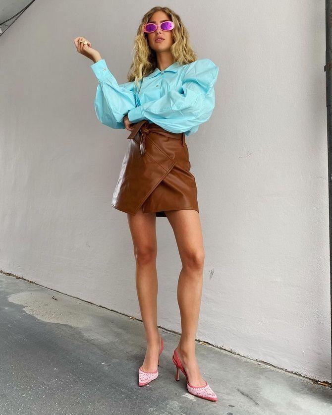 С чем носить блузы с объемными рукавами 18