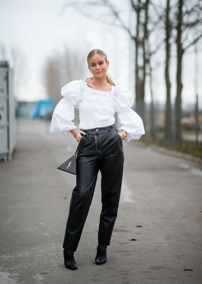 С чем носить блузы с объемными рукавами 25
