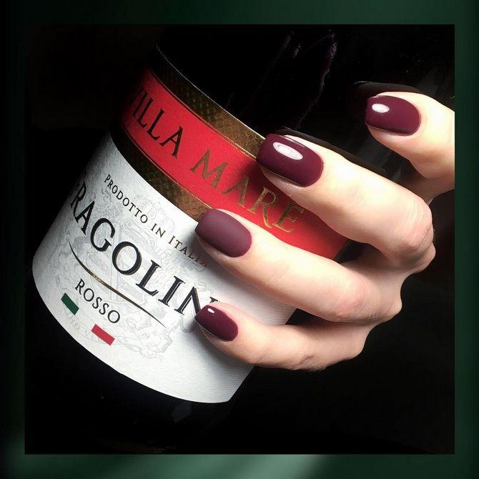 Бордовый дизайн ногтей на холодный сезон 14
