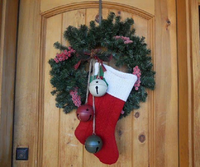 Кращі ідеї, як красиво і оригінально прикрасити двері на Новий рік 2021 11