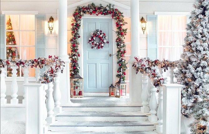Лучшие идеи, как красиво и оригинально украсить двери на Новый год 2021 23