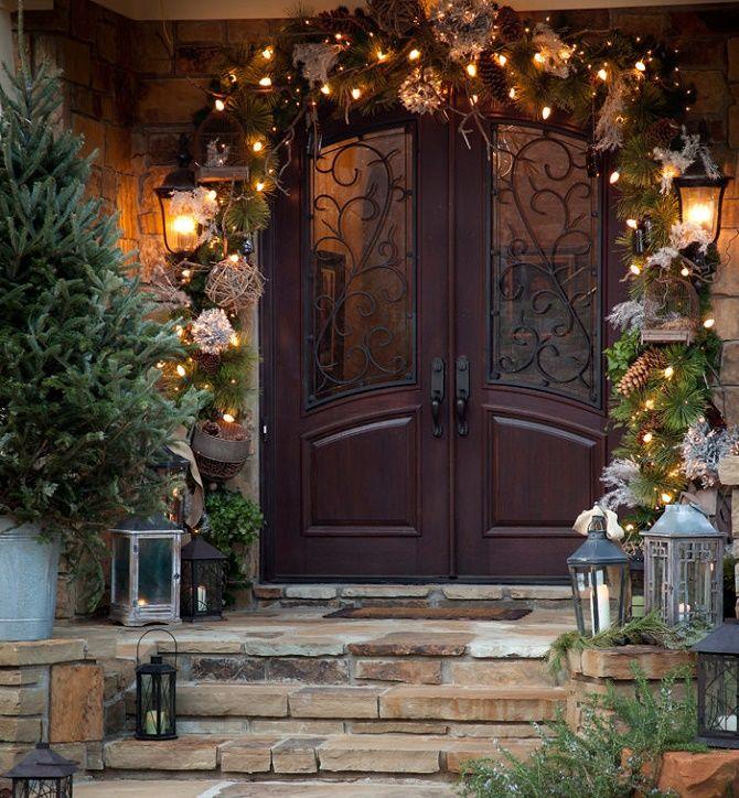 Лучшие идеи, как красиво и оригинально украсить двери на Новый год 2021 5