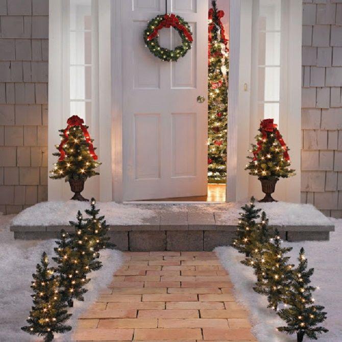 Лучшие идеи, как красиво и оригинально украсить двери на Новый год 2021 8