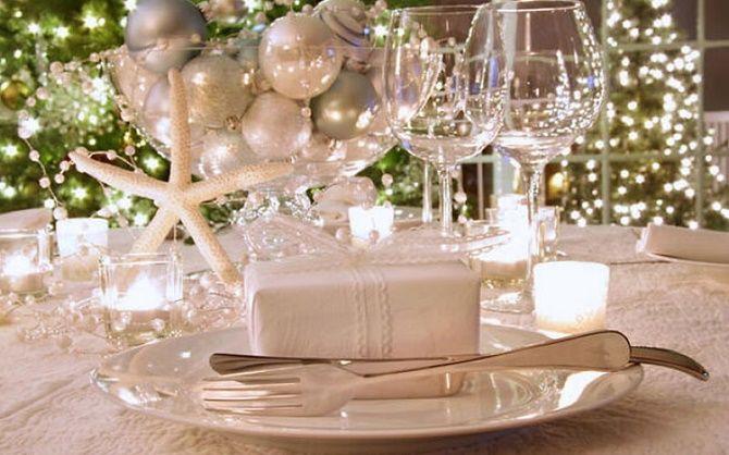 Як прикрасити новорічний стіл: кращі ідеї декору для зустрічі 2021 року 8