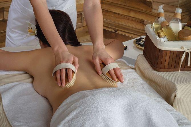 Драйбрашинг – модная фишка или полезный сухой массаж для тела 1