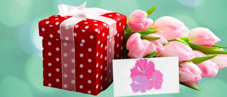 Красивые поздравления с Днем рождения знакомой в  стихах, прозе, открытках