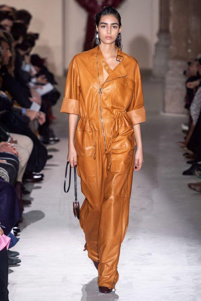 Стильные луки с кожаными комбинезонами: почему их стоит носить 3