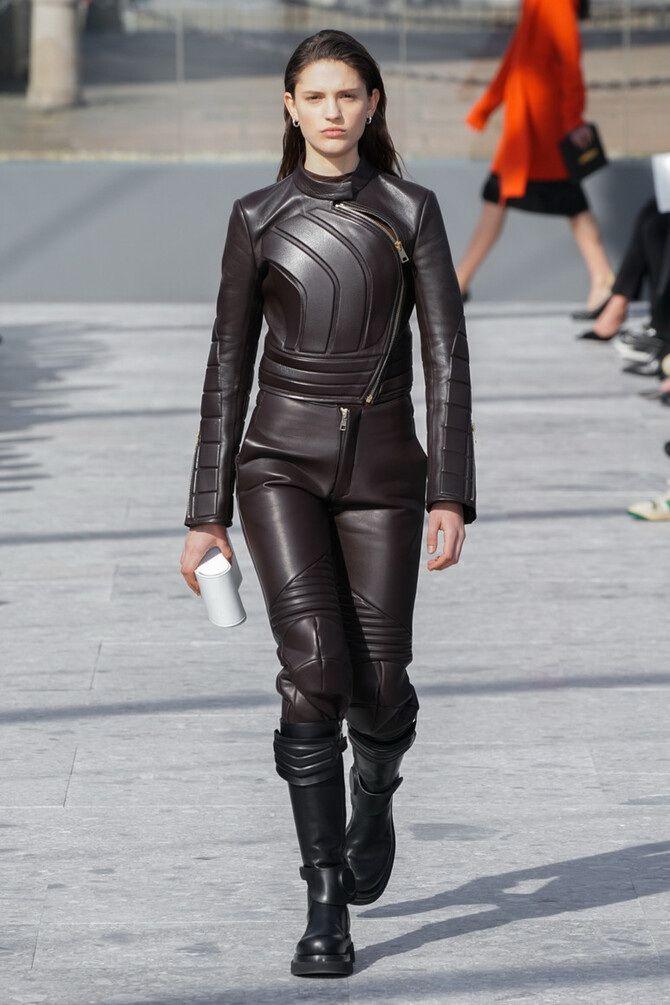Стильные луки с кожаными комбинезонами: почему их стоит носить 6