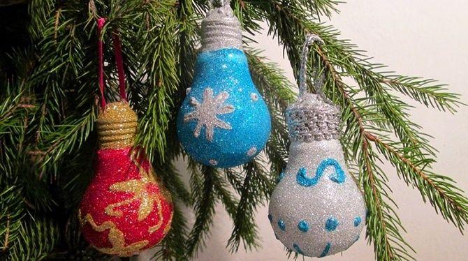 Ялинкові іграшки з лампочок: створюємо новорічний настрій 20