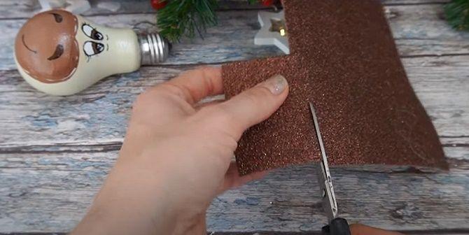 Ялинкові іграшки з лампочок: створюємо новорічний настрій 10