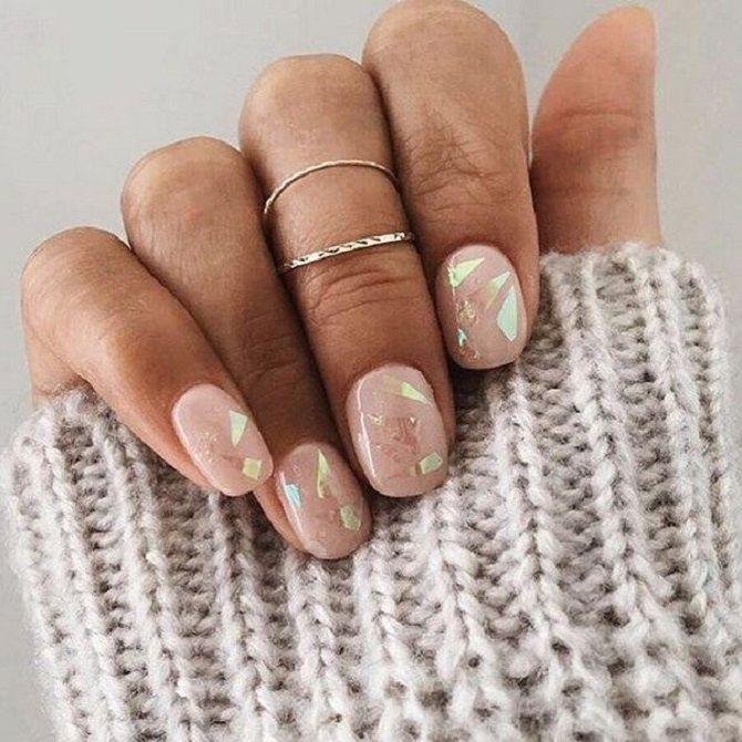 Однотонний манікюр 2020-2021: кращі кольори та нейл-дизайни, 50 ідей крутих нігтиків 18
