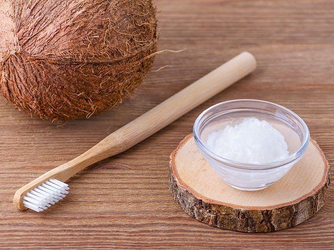 Білосніжні та здорові зуби: 15 крутих лайфхаків, як відбілити зуби в домашніх умовах 8