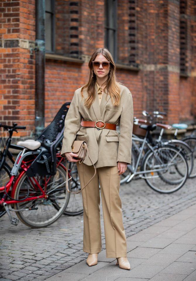 Як носити об'ємні піджаки 2020-2021 7