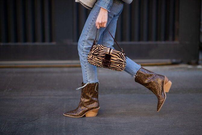 Лучшие сапоги, которые отлично сочетаются с модными джинсами 9