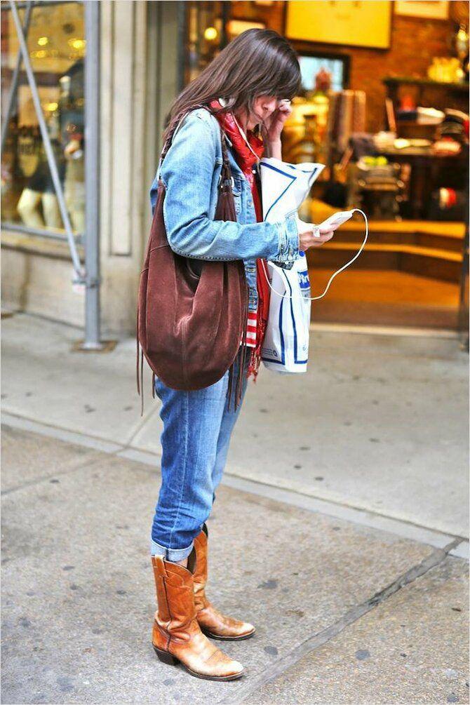 Лучшие сапоги, которые отлично сочетаются с модными джинсами 5