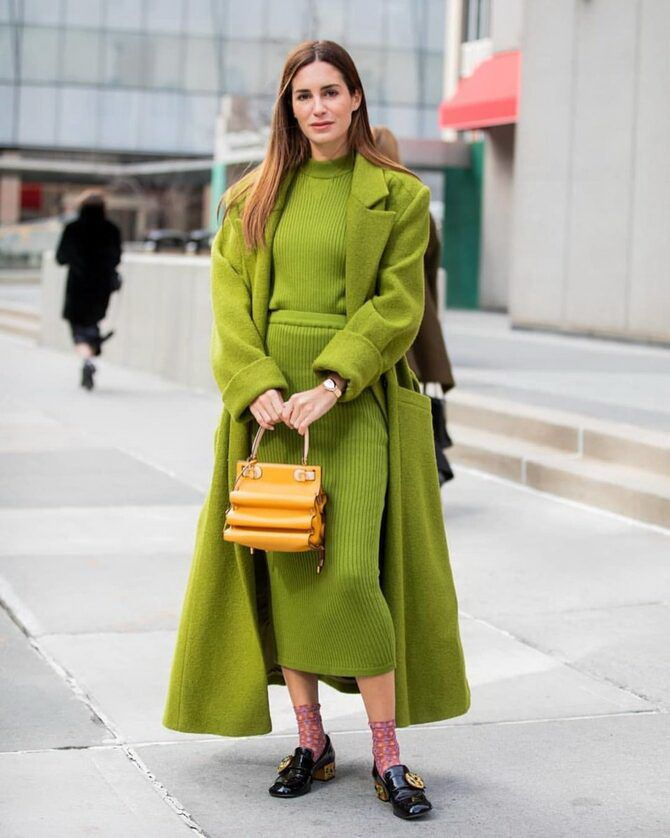 Як поєднувати кольори в одязі, щоб бути модною: 5 кращих варіантів 2020-2021 2